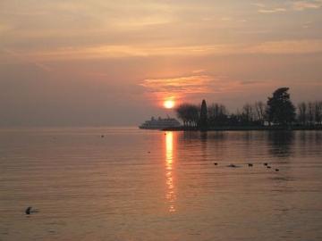 medium_lausanne-coucher_soleil1.jpg